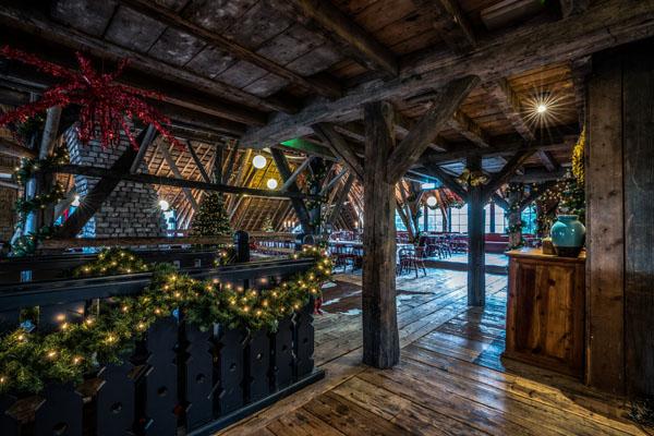 Landhuis boven verdieping sfeervolle kerst decoratie